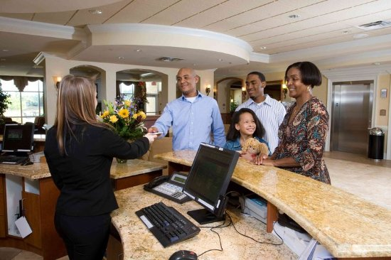 Valdosta, GA Holiday Inn Front Desk Reception
