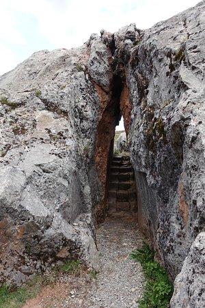 Complejo Arqueologico Chinchero: Sacred Rock