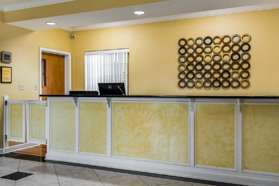 Bryant, Αρκάνσας: Front desk