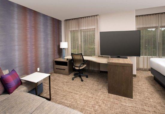 Residence Inn Baltimore Owings Mills: King Studio Suite - Living Area