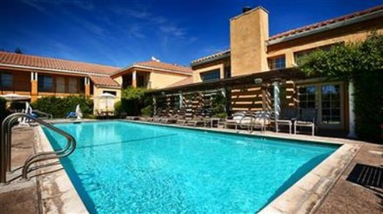 Dixon, CA: Pool