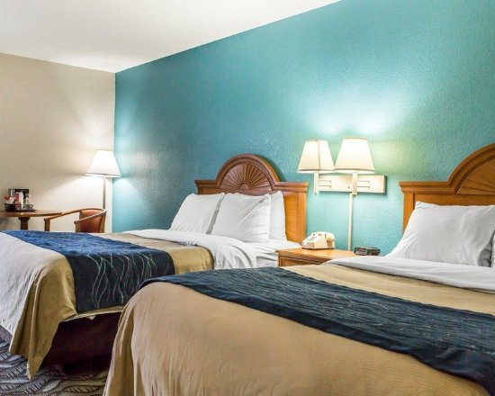 Circleville, OH: Guest room with double beds