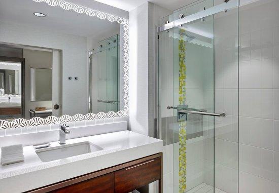 Alpharetta, GA: Guest Bathroom - Shower