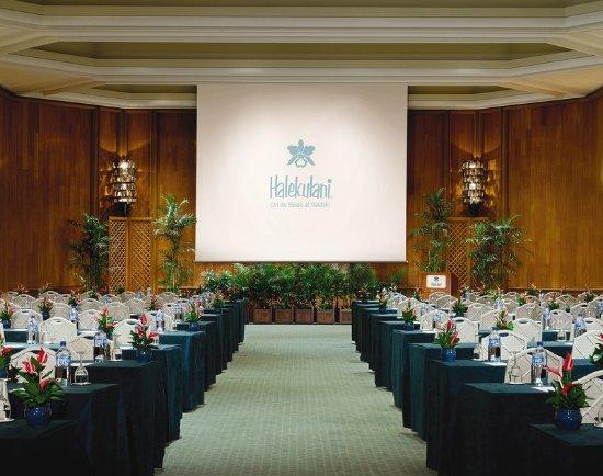 Halekulani Hotel Updated 2017 Prices Amp Reviews Hawaii