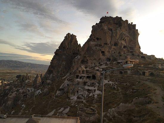 Duven Hotel: Düven Otelden harika manzaranız Uçhisar Kalesi