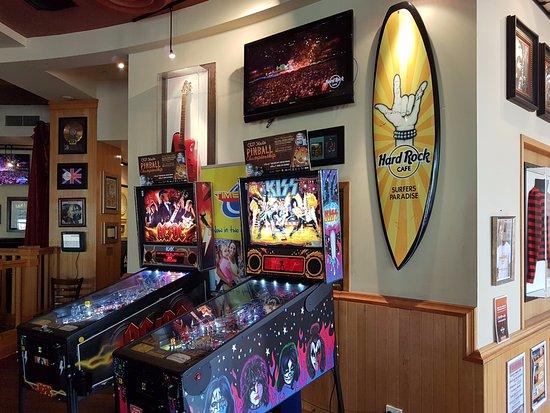 Hard Rock Cafe: Inside (1)