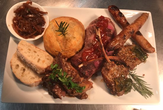 Woolshed Restaurant: Our beautiful signature dish the Lamb Tasting Platter for two.