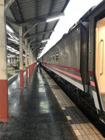 Bangkok to chiang mai train first class booking