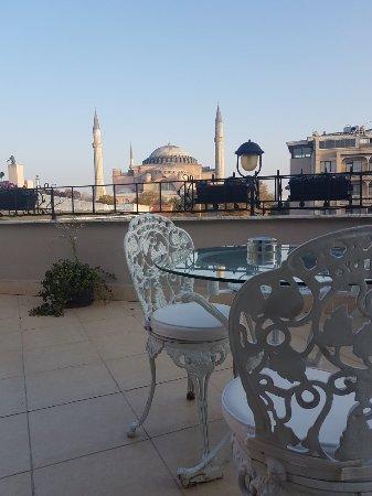 Celal Sultan Hotel: 20171107_165434_large.jpg