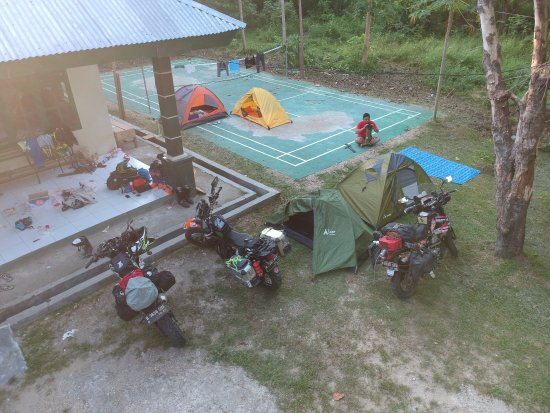 South East Sulawesi, Indonezja: camping at the park's office