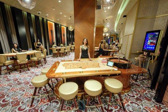 Казино skyline в отеле ренессанс казино бонус за первый депозит