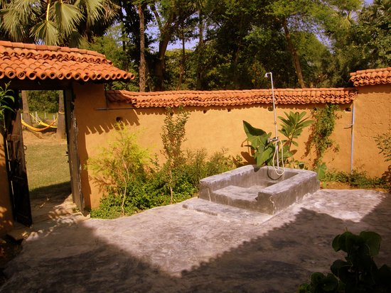 Rare earth farms homestay updated 2018 prices hostel reviews santiniketan india for Resorts in santiniketan with swimming pool