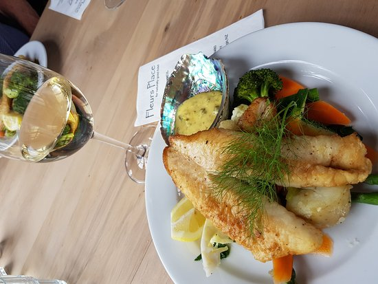 Fleurs Place: NZ at its best - Fleur's Place Blue Cod and beautiful steamed Veges