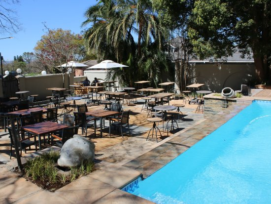 Pietermaritzburg, Sudáfrica: Palm pool patio