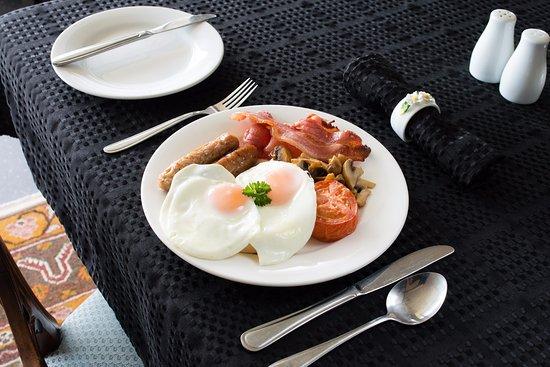 Trevallyn House B & B: Breakfast