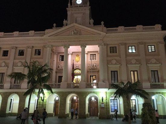 Ayuntamiento de cadiz c diz tripadvisor for Ayuntamiento de cadiz recogida de muebles