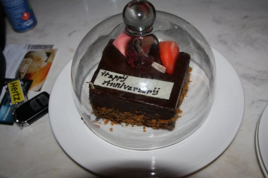 Centara Grand Beach Resort & Villas Hua Hin: Lovely chocolate cake