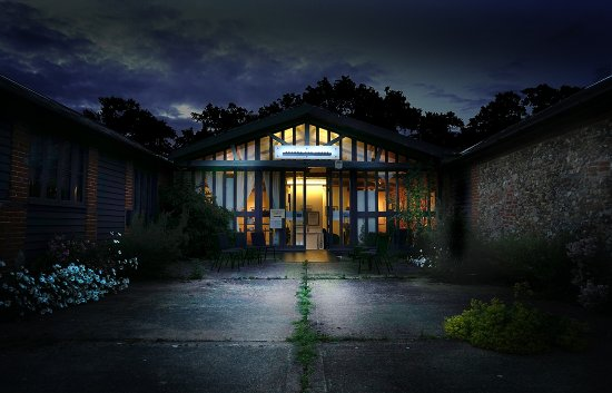 Thornham Magna, UK: The Gallery at night