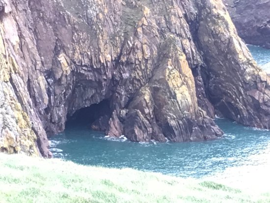 Drummore, UK: A secret cave we spotted on our walk