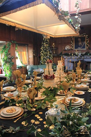 Tissington, UK: The Billiard room transformed into a banquet hall