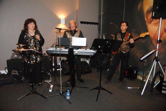 Katwoude, Ολλανδία: Familie feest met live muziek in Vander Valk Volendam