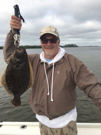 Holmes Beach, Floryda: 21-inch Flounder; Surprise Catch of the Day