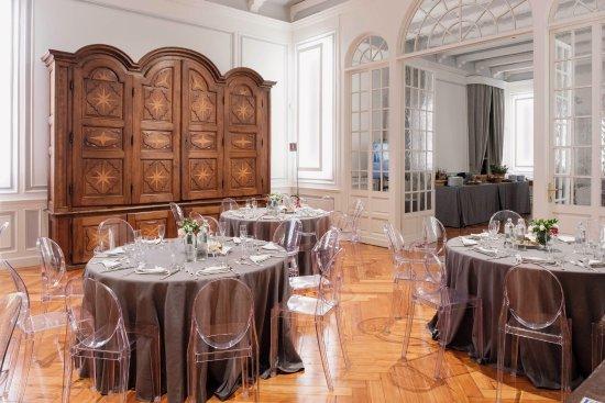 Terrazza Martini - Foto di Casa Martini - Martini & Rossi, Chieri ...