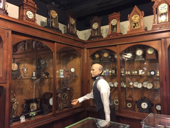 Columbia, PA: Recreation of an old clock and watch shop