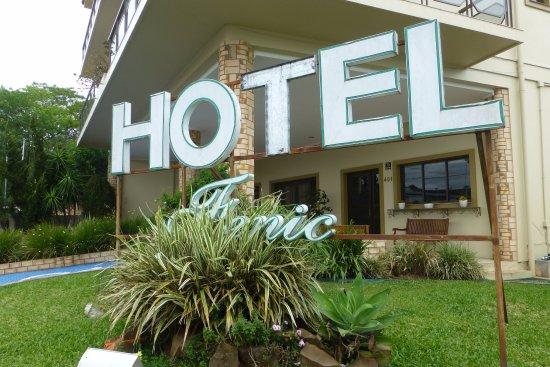 Quarai: Hotel Fenic - Quaraí, RS