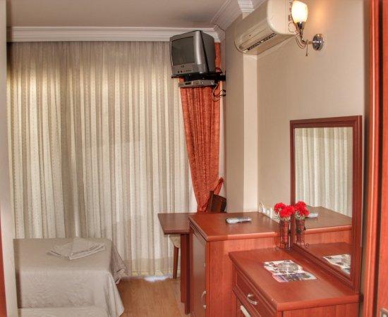 Seckin ak hotel kusadasi turquie voir les tarifs et for Hotel a prix bas