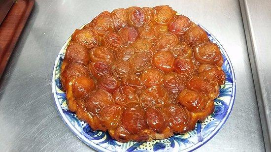 Orthez, Francia: Tarte tatin à l'abricot