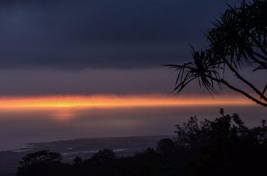 Holualoa, HI: SPECTACULAR sunset view from the Inn
