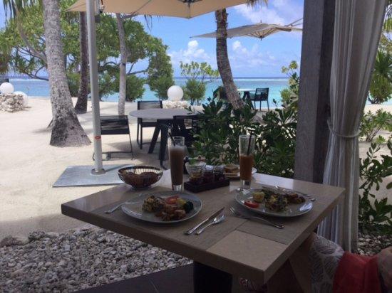 Tetiaroa, French Polynesia: Beachcomber breakfast