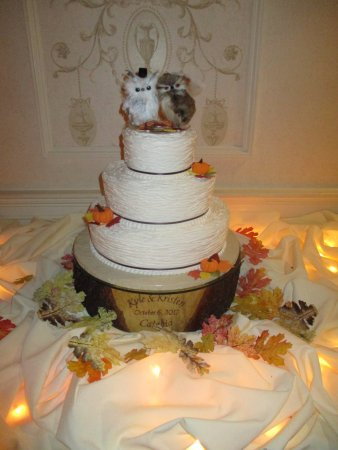 Cakes For All Occasions Rustic Twine Buttercream Cake With Sugar Fall Flowers And Pumpkins