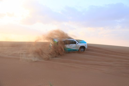 Emirate of Dubai, สหรัฐอาหรับเอมิเรตส์: A shoot done by Arooha During the Dune Bashing in Dubai Lehbab Desert