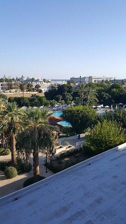 Avanti Hotel: 20171016_163734_large.jpg