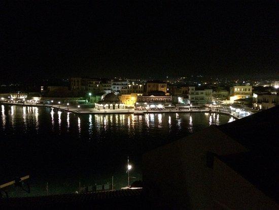 Casa Delfino Hotel & Spa: Nighttime view from terrace