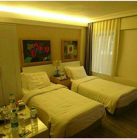 Elanaz Hotel Istanbul: Screenshot_٢٠١٧-١١-٢٢-٢٠-٠١-٣٣_large.jpg