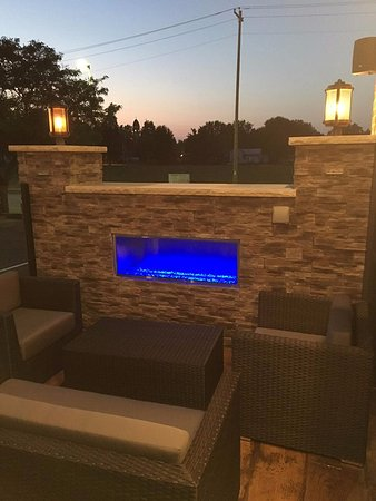 Stevens Point, WI: Our patio fireplace is perfect for those cool Wisconsin nights