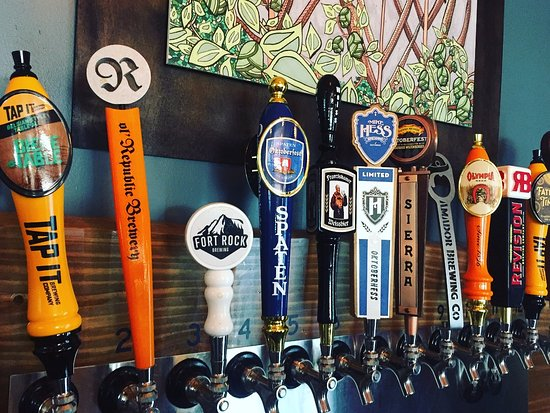 Placerville, CA: Rotating craft beer taps - always pouring something new