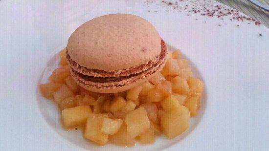 Joue-les-Tours, Francja: Macaron de trois jours