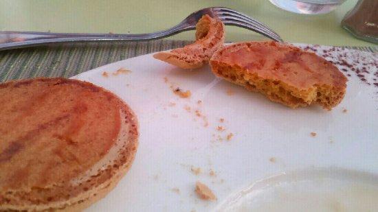 Joue-les-Tours, Francja: Macaron à se casser les dents