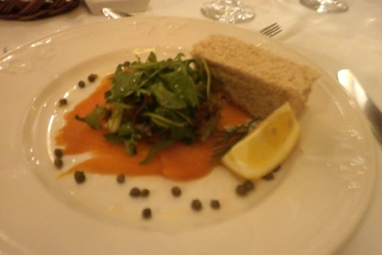 Stranraer, UK: salmon starter