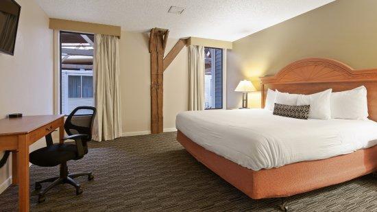 Best Western Plus Como Park Hotel Photo