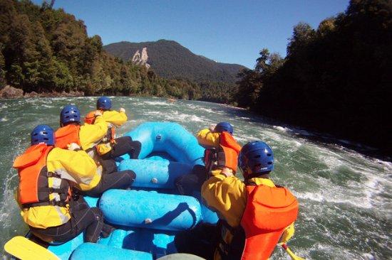 La Junta, Chile: La mejor aventura de descender los rapidos del río Figueroa.
