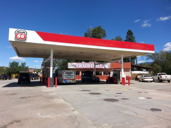 Cuba, NM: Great place to stop for food. Gas too I guess.