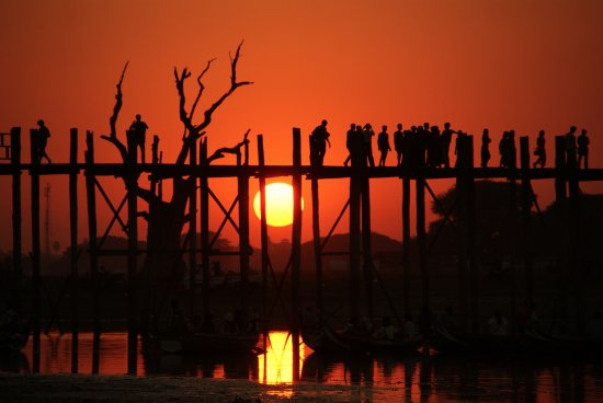Amarapura, Myanmar: U Bein Bridge