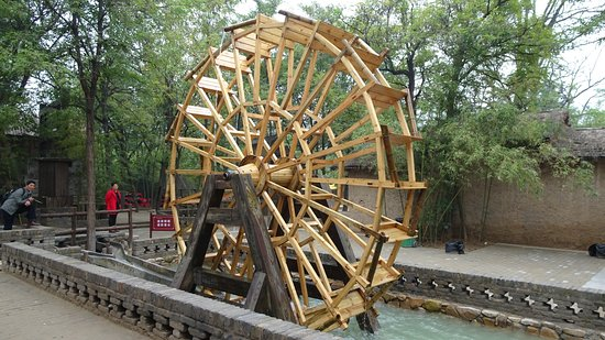 The Song Dynasty Of Kungfu City: Undershot water wheel. Three hundred years before invented in Europe