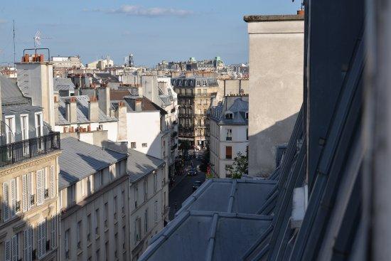 Hotel France Albion: Calle frente al Hotel
