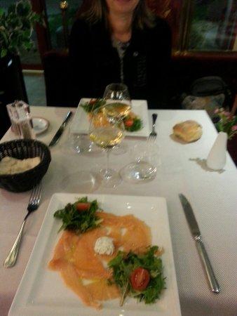 La belle epoque villefontaine 20 rue antoine condorcet for Cuisine 50 rue condorcet